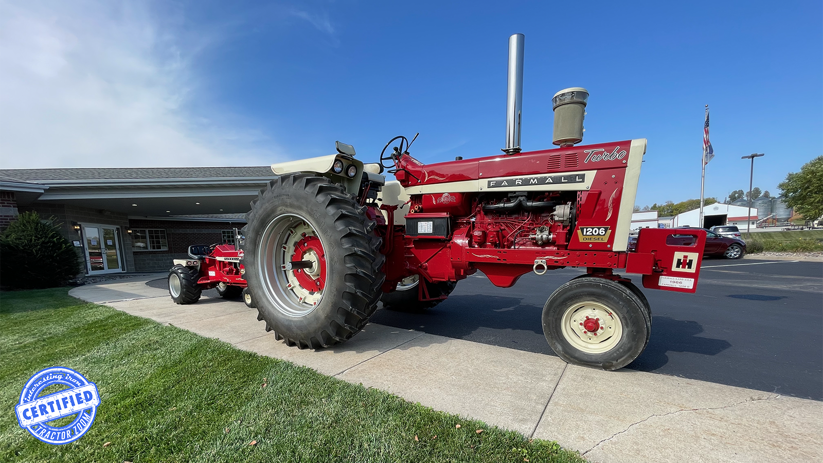 Side view of a Farmall Land 1206